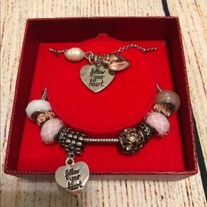 Follow your heart ❤️ necklace & bracelet boxed set